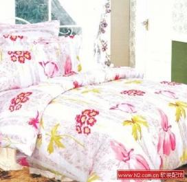 甜美床品 增添居室浪漫情调