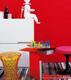 色彩设计中的纯红装饰运用
