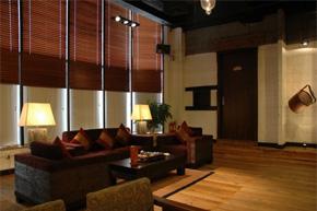 简洁loft风中式餐馆软装分享