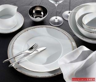 Silver Dust白瓷系列餐具设计