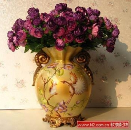 软装饰中的欧式复古花瓶