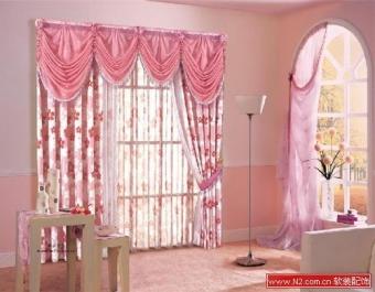 软装配饰窗帘的风景