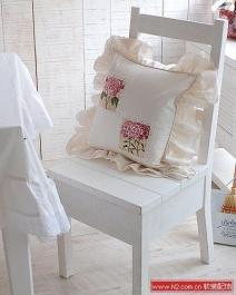 玫瑰拼布+浪漫纯白抱枕