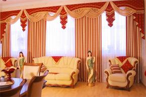 窗帘色彩巧搭配 营造完美居室空间