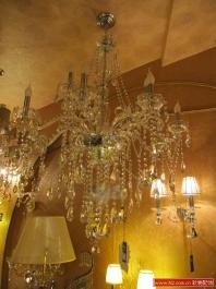 软装中的客厅吊灯