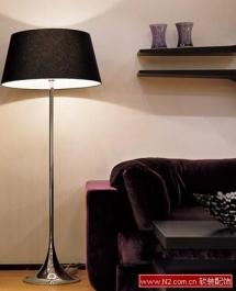 客厅的简约灯具