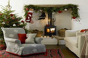 2012圣诞节客厅装扮法:花环小袜齐上阵