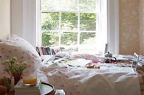 尽享窗边繁星美景_6例靠窗卧室软装方案