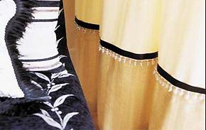 春节布艺窗帘巧装饰_时尚花边添风尚
